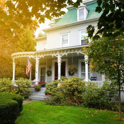 Lynn-Lee House Bed & Breakfast